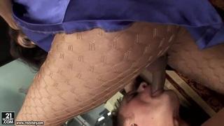 Latina tranny Carolina Mancini fucks with man